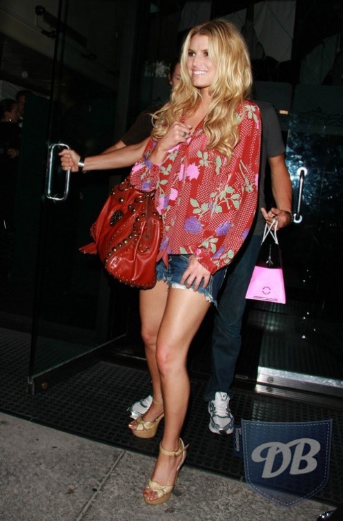 jessica-simpson-william-rast-shorts